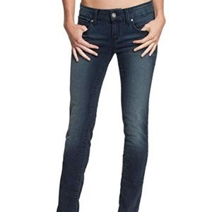 Guess Medium Rise Skinny Sarah Fit Jeans